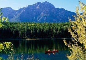 Patricia_Lake_Pyramid_Mountain_Jasper_National_Park_Canada-347x245